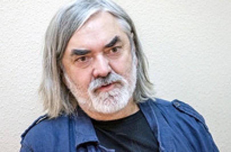 Дмитрий Бикчентаев: «Если будешь петь о всяких пагубных привычках, таким и станешь»