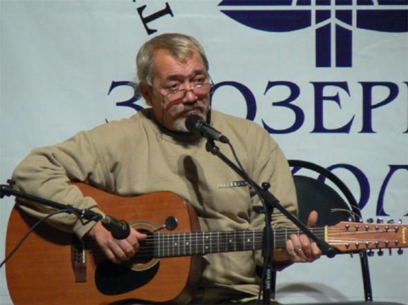 Геннадий Жуков. Концерт Заозерной школы. Ноябрь 2007 г.