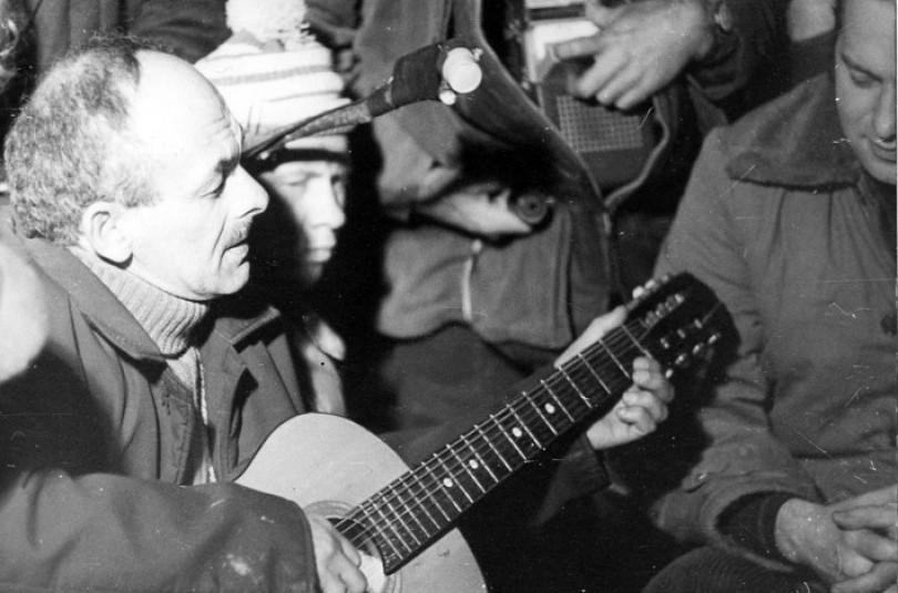 Барды и авторская песня. Русский феномен.
