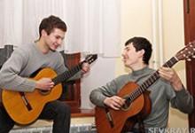 Гитара спасает от одиночества